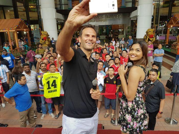Patrik Berger meets the fans in Kuala Lumpur