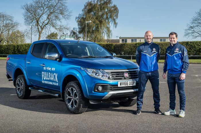 FOOTBALL VS. RUGBY – FAMOUS FULLBACKS COMPETE  IN FIAT FULLBACK CHALLENGE