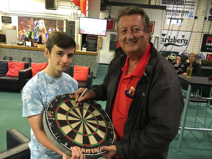 Eric Bristow 'throws' himself into fundraising event