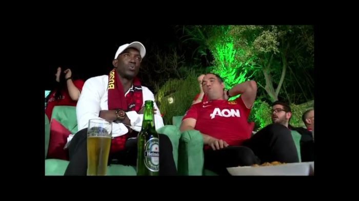 Dwight Yorke joins fans in Tel Aviv for a Heineken Champions League Garden Party